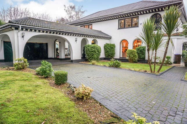 This luxurious five-bedroom Spanish-style villa with stunning Mediterranean architecture has sold for more than £1,000,000 - in SHEFFIELD