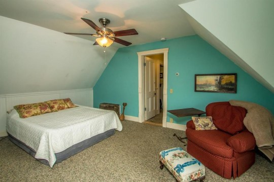bedroom in vermont jailhouse