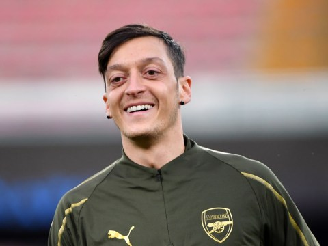 Arsenal working on Mesut Ozil deal that would spread contract payments out until 2023