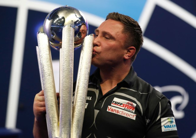 2020/21 PDC William Hill World Darts Championship - Day Sixteen