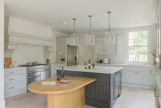KITCHENS - Kitchen in new build luxury house