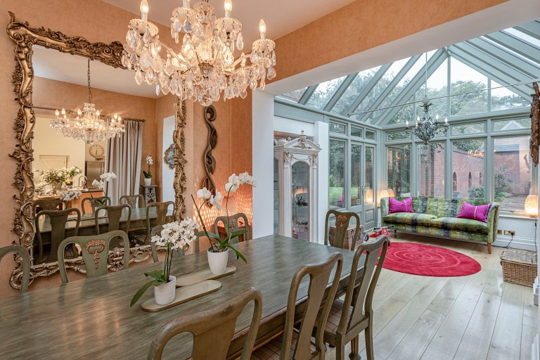 Dining room, Jacqueline de Rojas