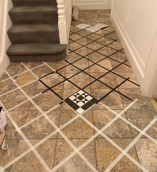 Marking out the tiles