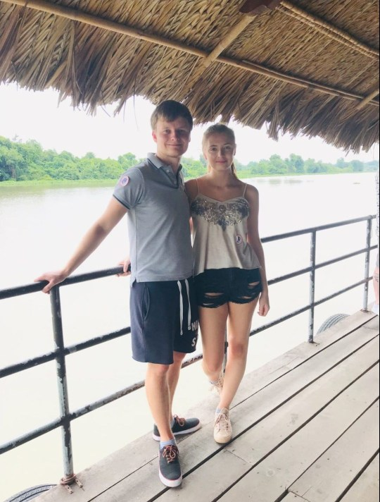 Oliver Edmunds and fianc?e Vicky Jarvis Oliver Edmunds, a 25-year-old major incident manager from Barlow, north Yorkshire, has won an eight-night luxury getaway to Sri Lanka - including flights! - courtesy of Metro and Secrets Of Ceylon.