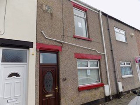 Inside one of the cheapest houses on sale in Britain that costs just £29,950