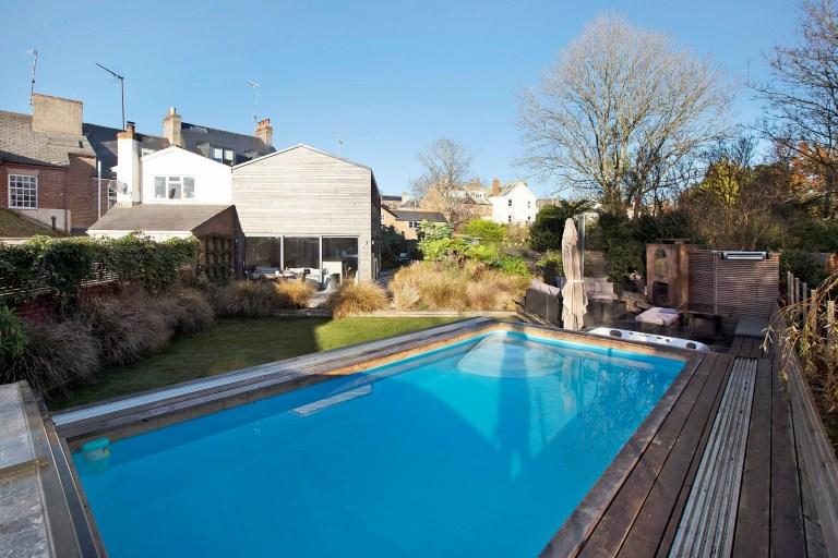 swimming pool in Hillside house