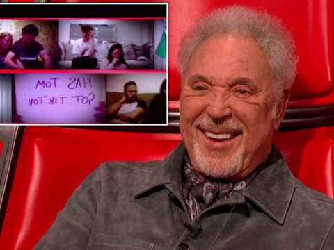 The Voice UK: Virtual audience member sends special message to Sir Tom Jones