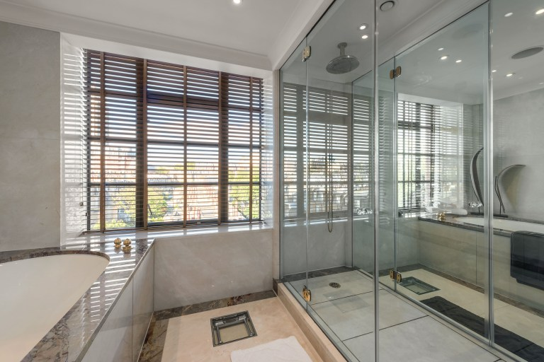 bathroom in trevor square flat