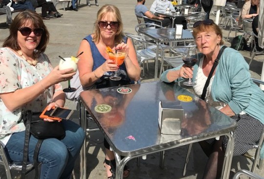 Daughters Debbie (middle) and Sharon with their 'much loved' mother Anne Kelly in Barcelona (Picture: Debbie Upton)