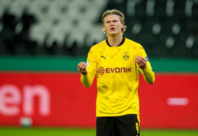 Erling Haaland of Borussia Dortmund reacts during the DFB Cup - Quarter Final match between Borussia Mönchengladbach and Borussia Dortmund at the Borussia-Park on March 02, 2021 in Moenchengladbach, Germany.