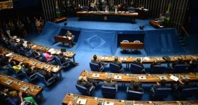 Texto base da reforma trabalhista é aprovado em comissão do Senado