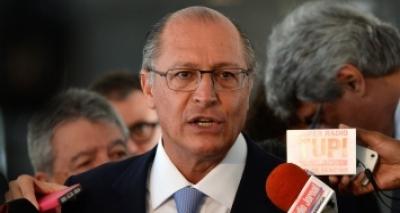 """Alckmin diz que """"não há razão"""" para PSDB continuar no governo Temer"""