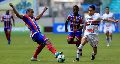 Após quase dois meses sem ganhar, Bahia marca 2 a 1 contra o São Paulo