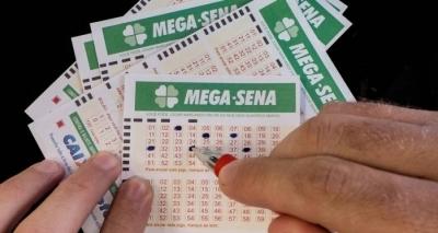 Mega-Sena pode pagar R$ 2 milhões neste sábado