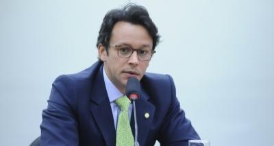 ʹAlgumas pessoas acham que Rui não tem o mesmo trato que Wagnerʹ, diz Negromonte Jr.