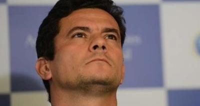 Defesa pede que Moro se declare suspeito para julgar Cunha