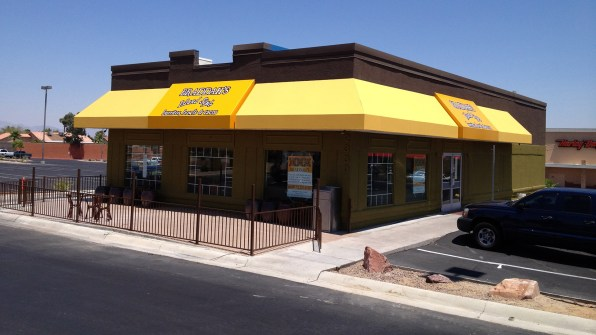 Braddah's Island Style Burritos, Bowls & Tacos Commercial Awning by Metro Awnings Las Vegas, Nevada