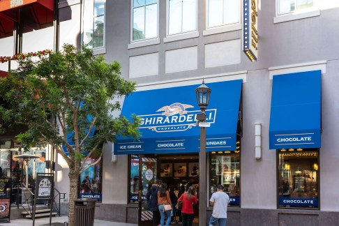 Ghirardelli Ice Cream and Chocolate Shop - Custom Awnings by Met
