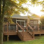 Why Fall Is One of the Best Seasons to Build a Deck