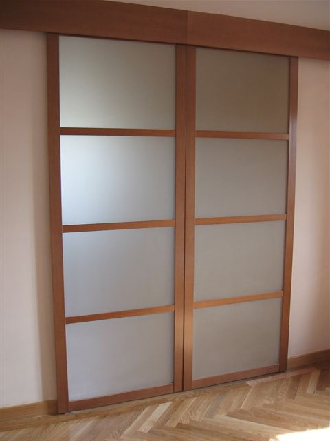 Frentes de armario a medida metrocloset for Puertas de paso de cristal