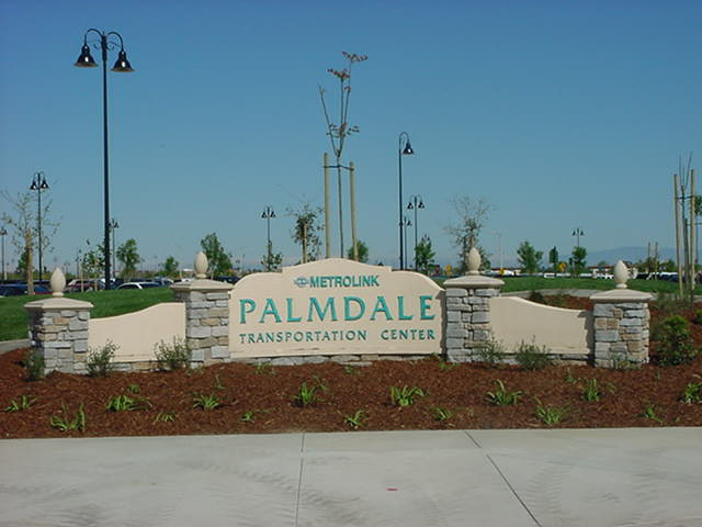 Palmdale_Monument Sign.JPG