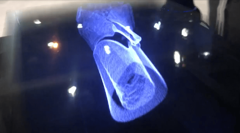 Holographic 3D Imaging Takes Shape