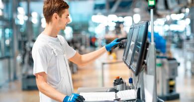 Volkswagen Brings Partners To Industrial Cloud