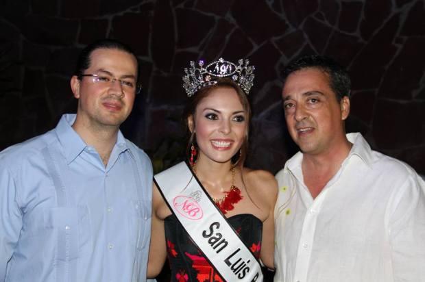 Alejandra Wallen Flores 2