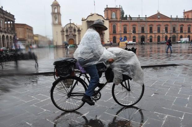 dia de lluvia y frio foto hector m guevara (29)