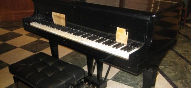 piano_de_cola-700x325