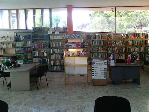Biblioteca Primo feliciano