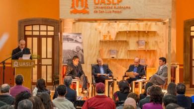 Photo of Presente Algarabía en la Feria Nacional del Libro de la UASLP