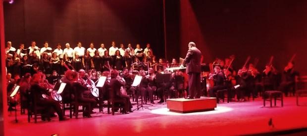 Coro Oralia Domínguez y OSSLP