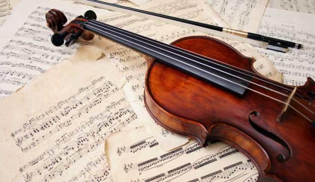 h_violin_opera_s60254921