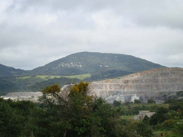 Sierra de Álvarez Destrucción