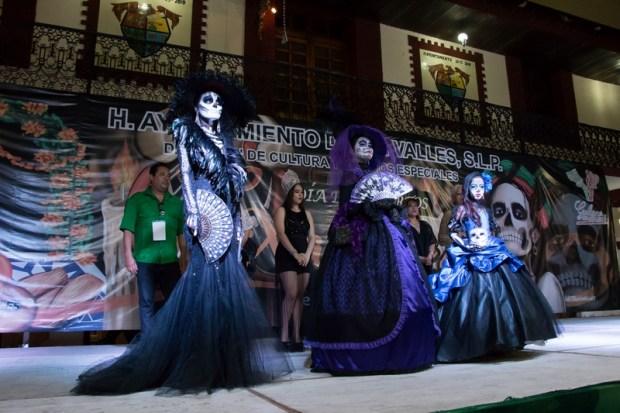 inauguracion-del-festival-de-dia-de-muertos-xantolo-2016-3