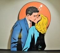 Joe Mcdermott, Our First Tender Kiss, Lambda fotograf. Abzug, Cut-Outs., 150x118cm.