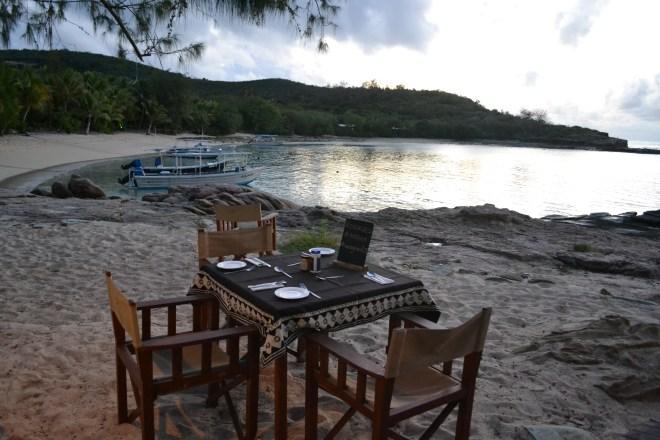 Metropolischt_Sunset auf Barefoot Island_Fidschi
