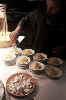 Showküche mit hausgemachte Pasta-Spezialitäten