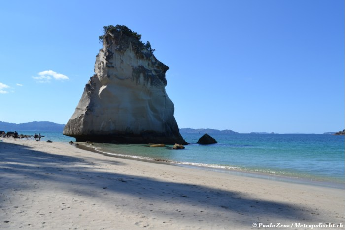 Cathedral_Cove_Metropolischt