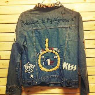 """Embroidered rock & roll denim jacket featuring an Alice Cooper """"Killer"""" noose design and neck, Kiss, The Rolling Stones, Led Zeppelin, and more. """"WELCOME TO MY NIGHTMARE"""" #alicecooper #ledzeppelin #rollingstones #kiss #metropolis #metropolisvintage #metropolisnycvintage #heavymetal #classicrock #jacket #denimjacket"""
