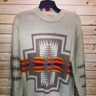 Pendleton sweater #pendelton #pendeltonsweater #westernclothing #cowboys #cowgirls #cowboyshirt #cowboyclothing #vintagejacket #nycvintage #vintage90s
