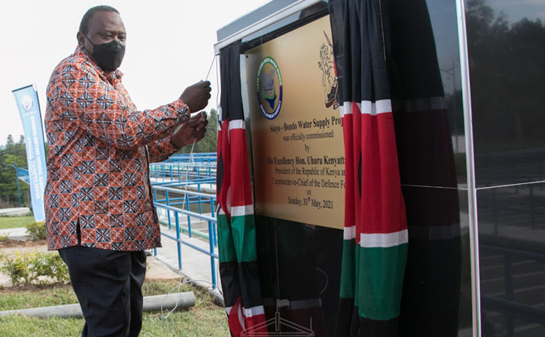 President Kenyatta commissions Road, Water Projects in Siaya County
