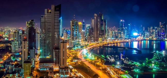 Panama city, attractive investment for multinational companies