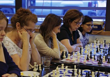 Ladies' Knight classes helps women learn, love chess