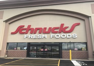 Schnucks quits tobacco
