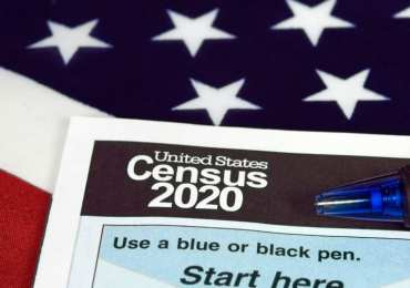 Census data delay throws states into chaos