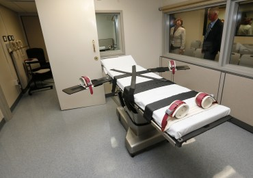Religion, death penalty collide at U.S. Supreme Court