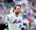 Mets should give Ike Davis the take sign