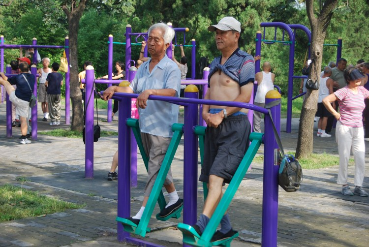 Retirement in China means physical exercise with peers